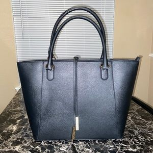 Big black tote